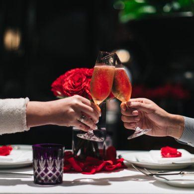 เฉลิมฉลองเทศกาลแห่งความรัก ที่โรงแรมแกรนด์ ไฮแอท เอราวัณ กรุงเทพฯ 15 -