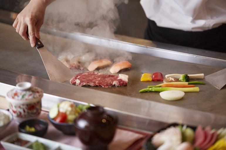 เซ็ตเทปันยากิมื้อกลางวัน เอาใจคนรักซาชิมิและเทปันยากิ ห้องอาหารคิซาระ โรงแรมคอนราด กรุงเทพฯ 13 -