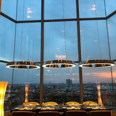 โปรโมชั่นสุดคุ้มเอาใจคนรักซีฟู้ด ณ ห้องอาหารสกายไลน์ โรงแรมอวานี พลัส ริเวอร์ไซด์ กรุงเทพฯ 14 -