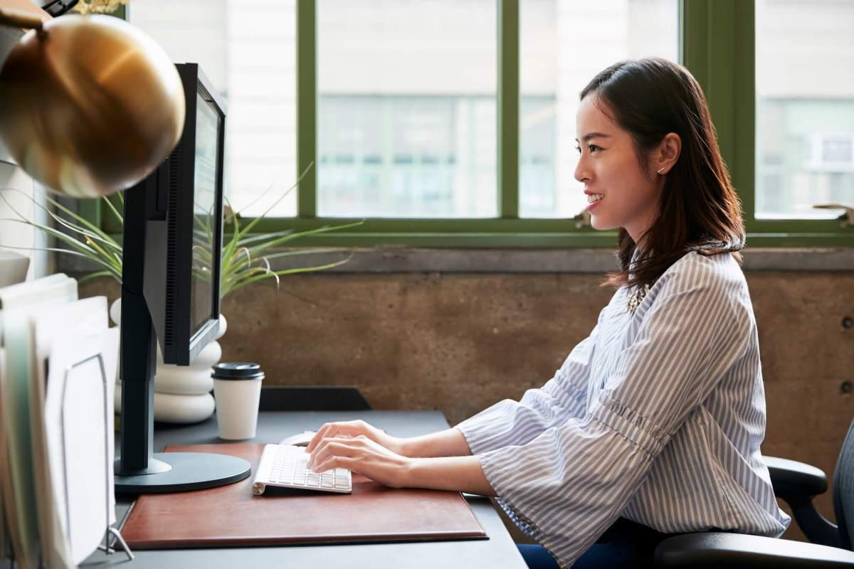 รีวิว 10 คอมพิวเตอร์ตั้งโต๊ะ ราคาถูก ดีไซน์สวย สเป็คดี 88 - Acer