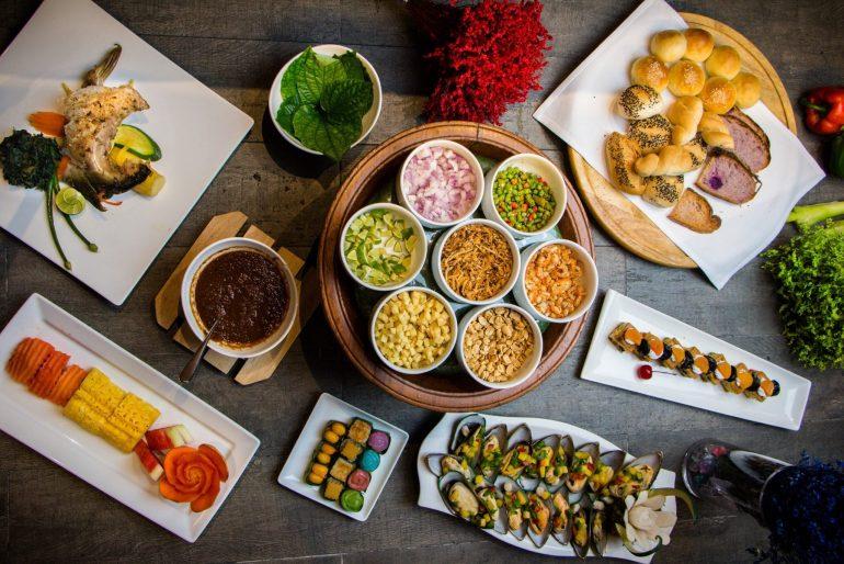 """บอกรักแม่ แบบยกครอบครัว """"มา 2 จ่าย1"""" กับอาหารอร่อยที่แม่ชอบ 12 สิงหาคม 2562 ที่ โรงแรมโกลเด้น ทิวลิป ซอฟเฟอริน กรุงเทพ 13 -"""