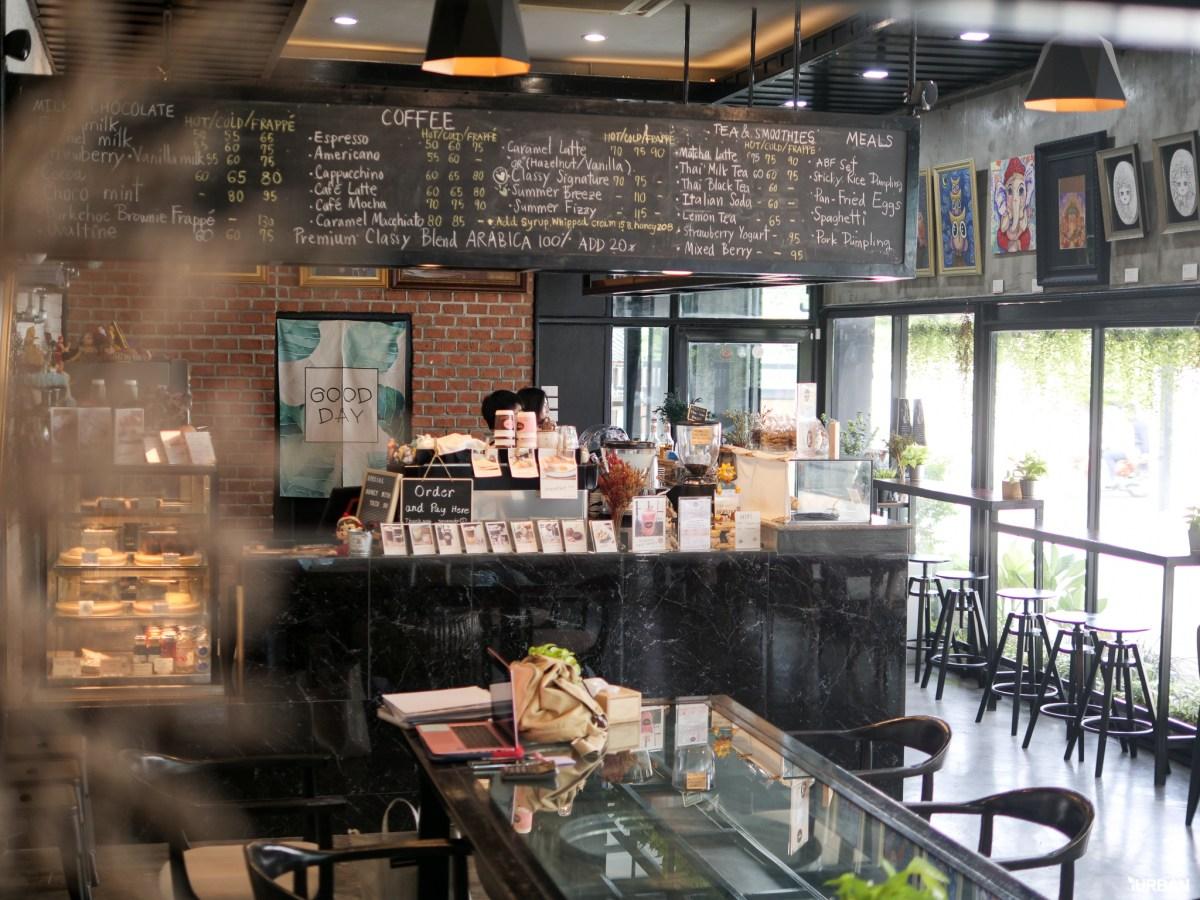 "7 Simply Creative Cafe & Bar ในย่านไลฟ์สไลต์สุดฮิป กับ 24 Hr. Co-Working Space กลาง New Interchange ""รัชดา - ลาดพร้าว"" 48 - cafe"