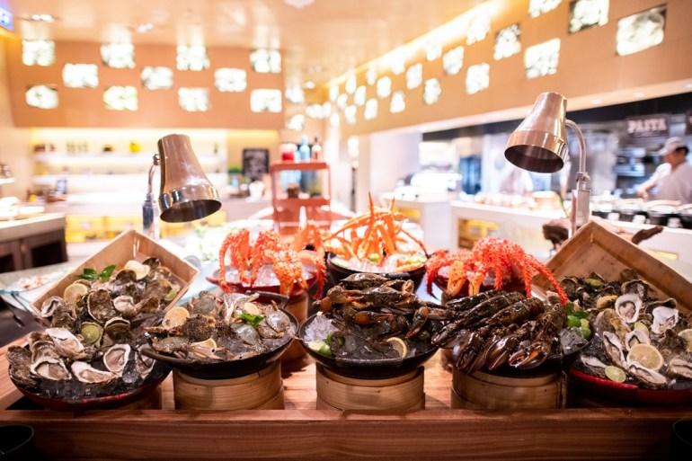 บุฟเฟต์ซีฟู้ด สำหรับคนรักอาหารทะเล ที่ห้องอาหารฟิฟท์ตี้ เซเว่น สตรีท 13 -
