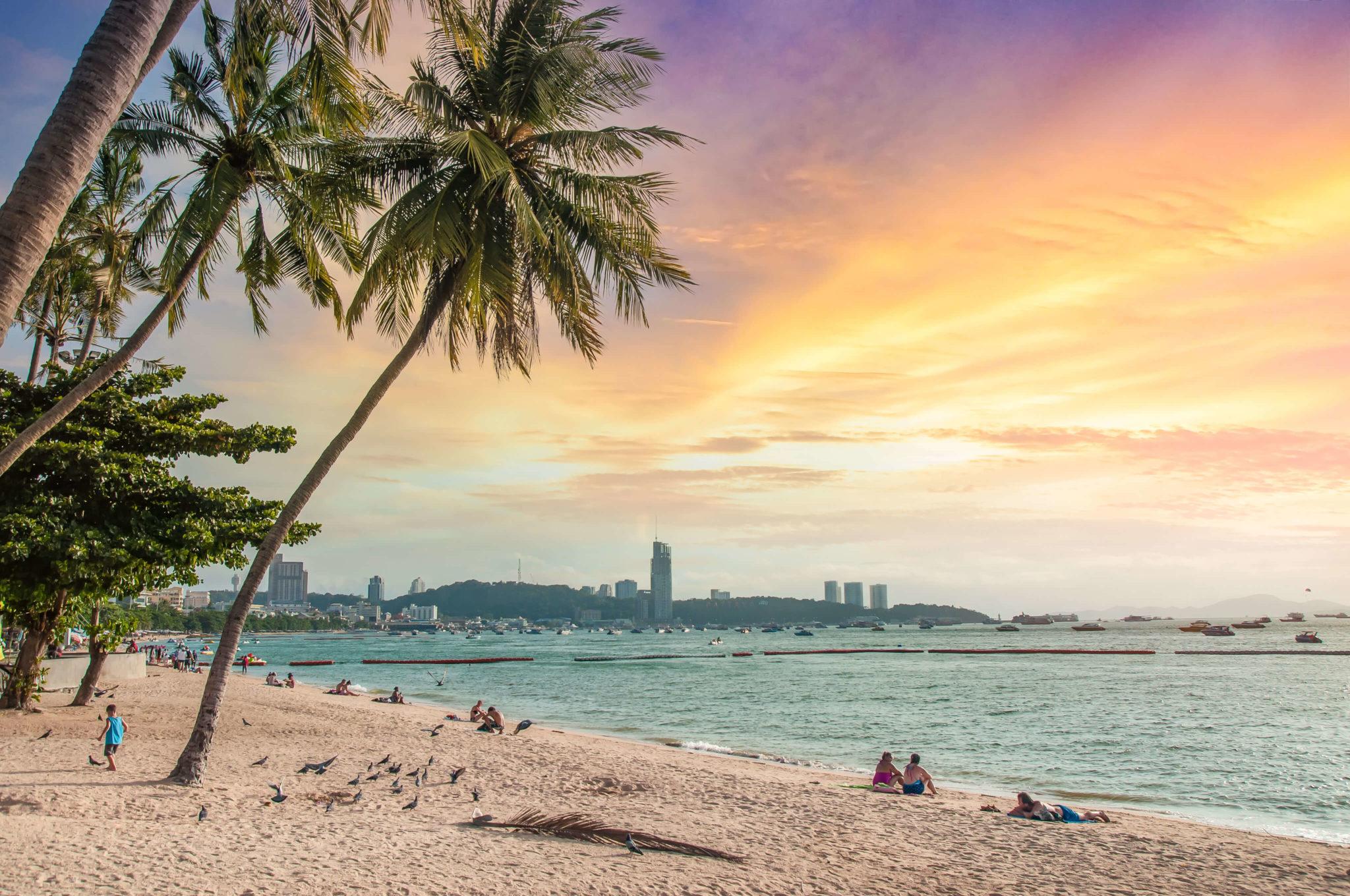 7 ชายหาดทะเลพัทยา ที่ยังสวยสะอาดน่าเที่ยวใกล้กรุงเทพ ไม่ต้องหนีร้อนไปไกล ก็พักได้ ชิลๆ 183 - Beach