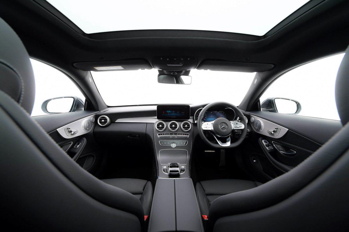 เมอร์เซเดส-เบนซ์ส่งรถยนต์ใหม่ 3 รุ่น ลุยสร้างความคึกคักให้ตลาดรถยนต์รับปี 2020 17 -