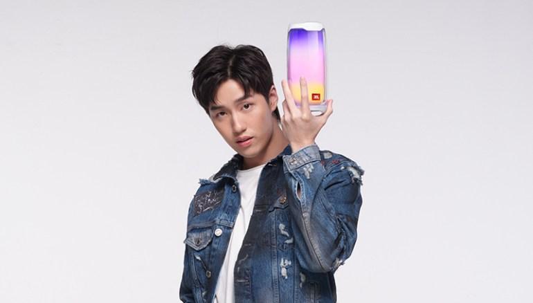 มหาจักรฯ เปิดตัว JBL Brand Presenter ดึง 'ต่อ ธนภพ' เสริมทัพ ตั้งเป้าเป็นผู้นำตลาดหูฟัง True Wireless 13 -