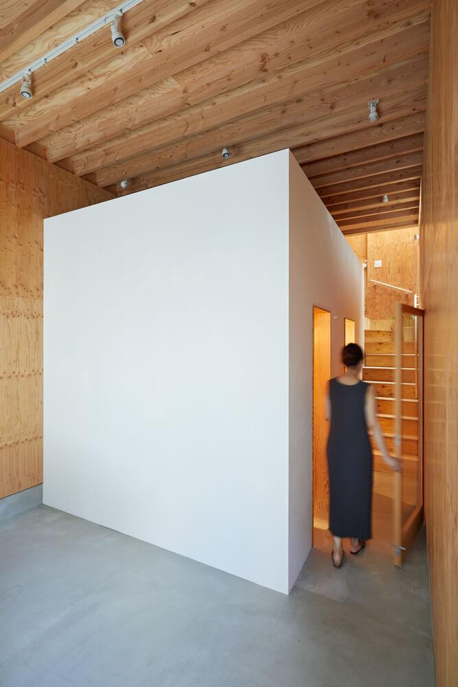 บ้านกล่องนม Milk Carton House ณ Tokyo หน้ากว้างเพียง 3.5 เมตร แต่สเปซภายในครบครัน 28 - Akihide MISHIMA