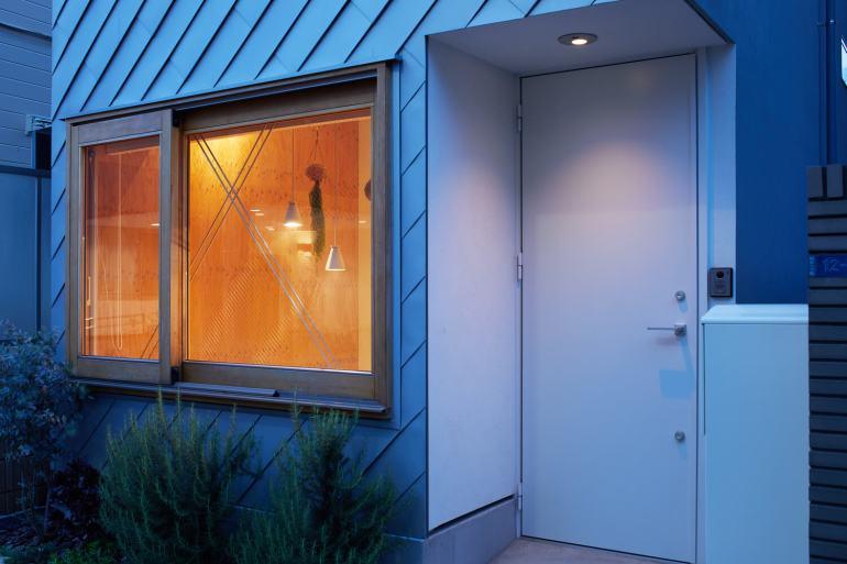 บ้านกล่องนม Milk Carton House ณ Tokyo หน้ากว้างเพียง 3.5 เมตร แต่สเปซภายในครบครัน 43 - Akihide MISHIMA