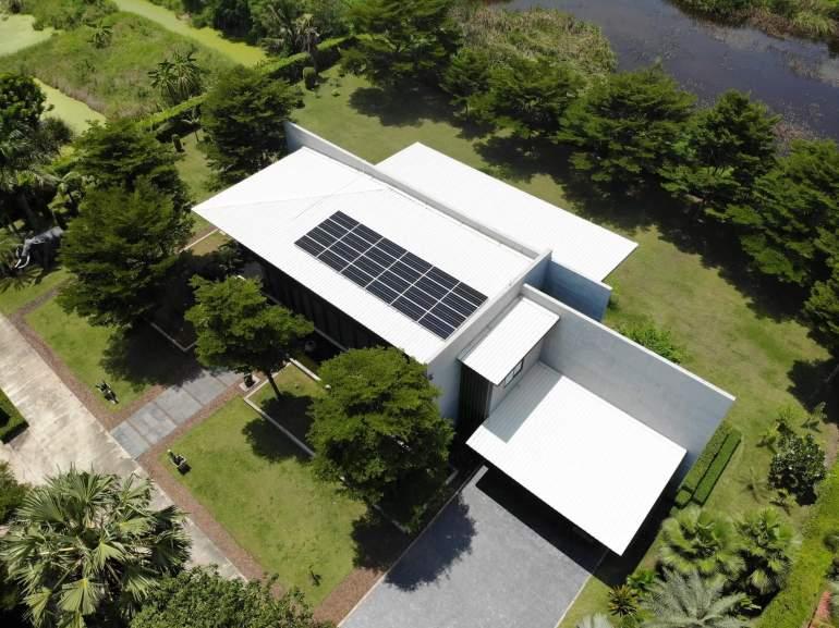 12 จุดเด่นมาพร้อม SCG Solar Roof เมื่อยักษ์ลงสนามไฟฟ้าบ้านพลังงานแสงอาทิตย์ 33 - Premium