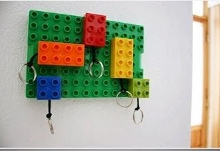 DIY ที่แขวนกุญแจ และพวงกุญแจจาก Lego 6 - Lego