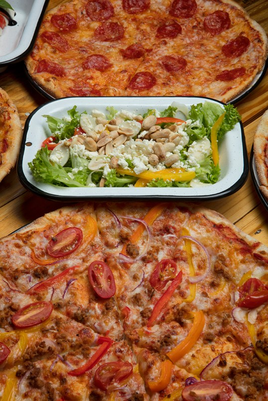 Ensalada & Pizza