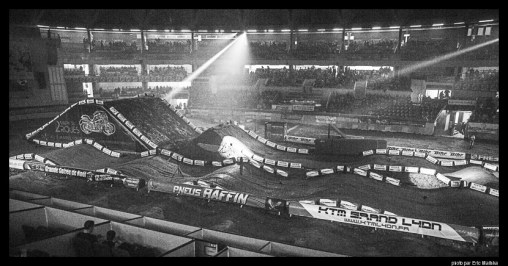 Super cross