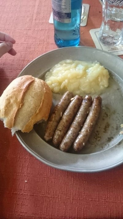 Tasty Germany: Mini sausages and a bun in Nuremberg