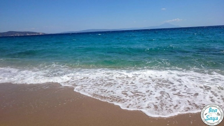 The wonderful beach at Assa Maris Bomo Club in Sithonia, Chalkidiki, Greece