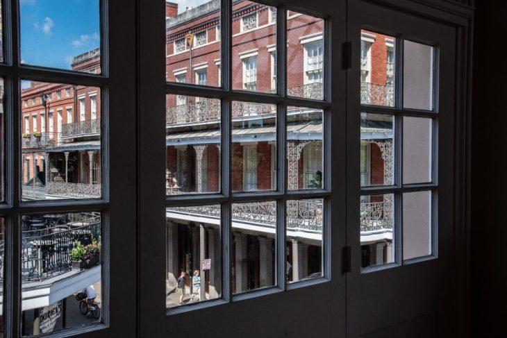 Palazzo Pontalba dalla finestra del Presbytère