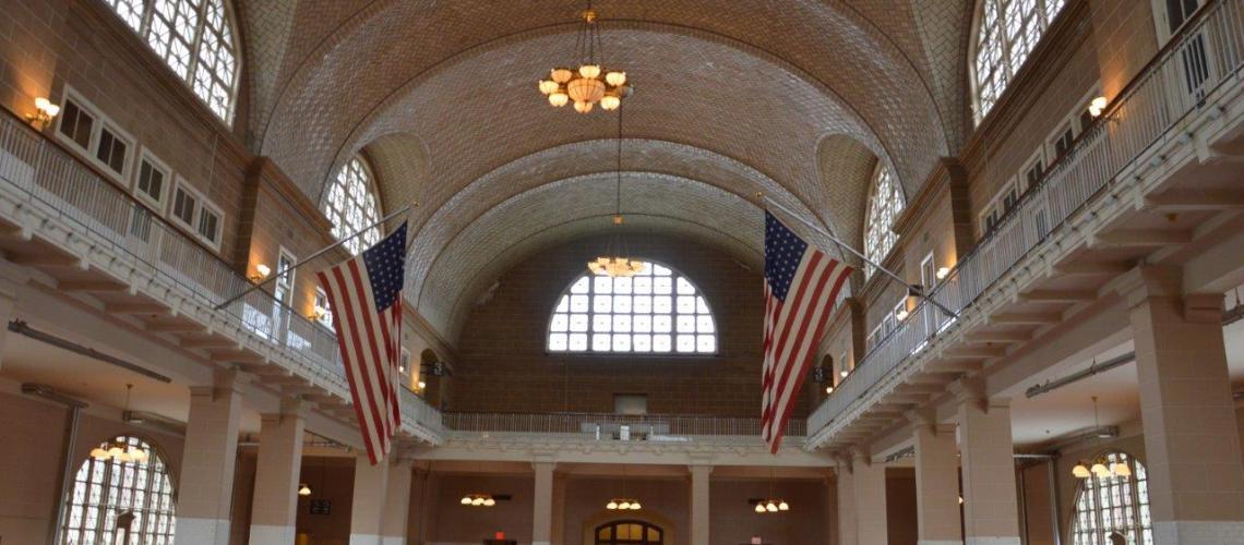 Ellis Island la sala degli arrivi