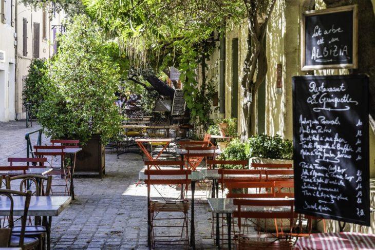 Aigues-Mortes e  il fascino antico delle sue mura medievali