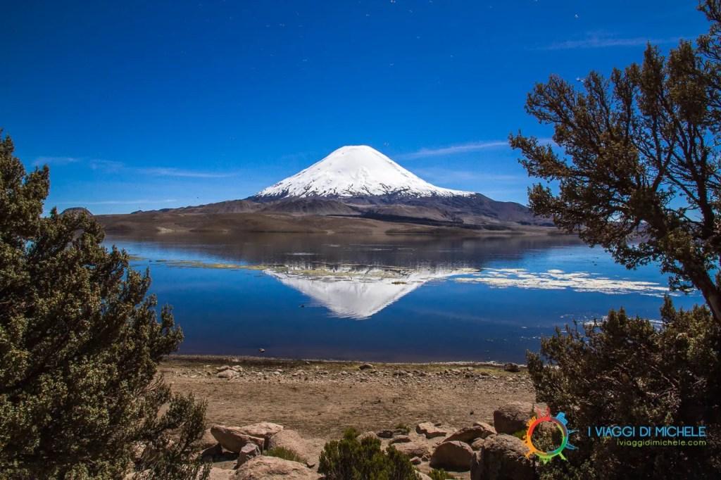 Vulcano Parinacota. 6.438m - Parque Nacional Lauca - Putre