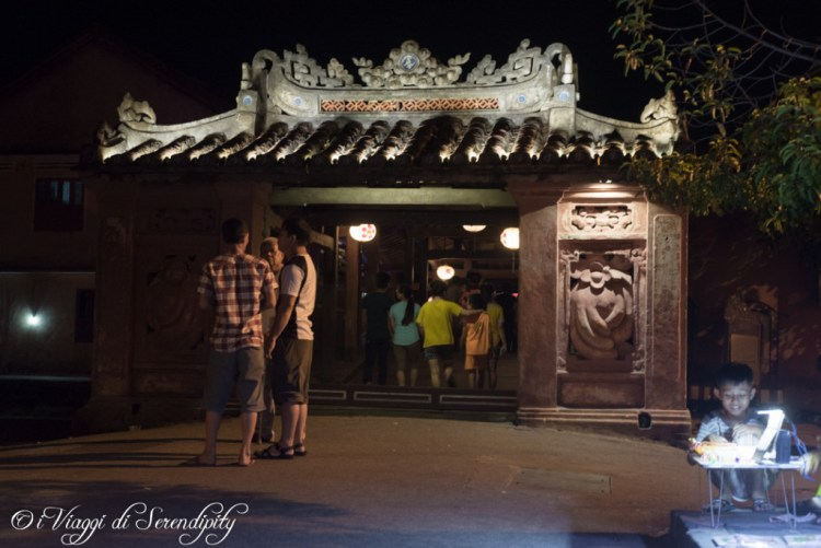 Hoi An ponte giapponese di notte