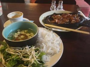 tipico pasto vietnamita