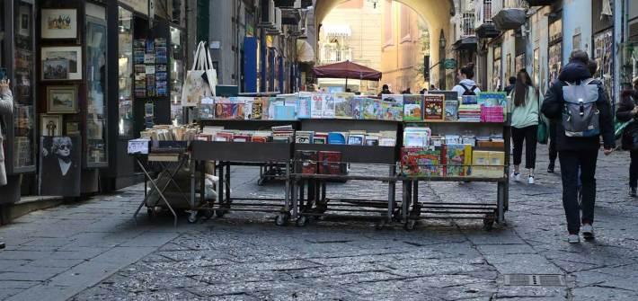 libri ambientati a Napoli da leggere