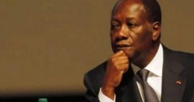 la France de nicolas sarkozy, qui se présentait de manière hypocrite sur la scène internationale comme le gendarme de la démocratie en côte d'Ivoire, a militairement imposée aux Ivoiriens, comme chef de l'etat, alassane ouattara, le 11 avril 2011.