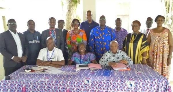 Grosse hémorragie chez Affi : Agnès Monnet, Amani N'guessan, et une dizaine de cadres chez Simone Gbagbo pour demander pardon à Laurent Gbagbo et réintégrer le FPI