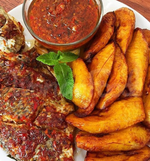 poisson alloco Ivorian food