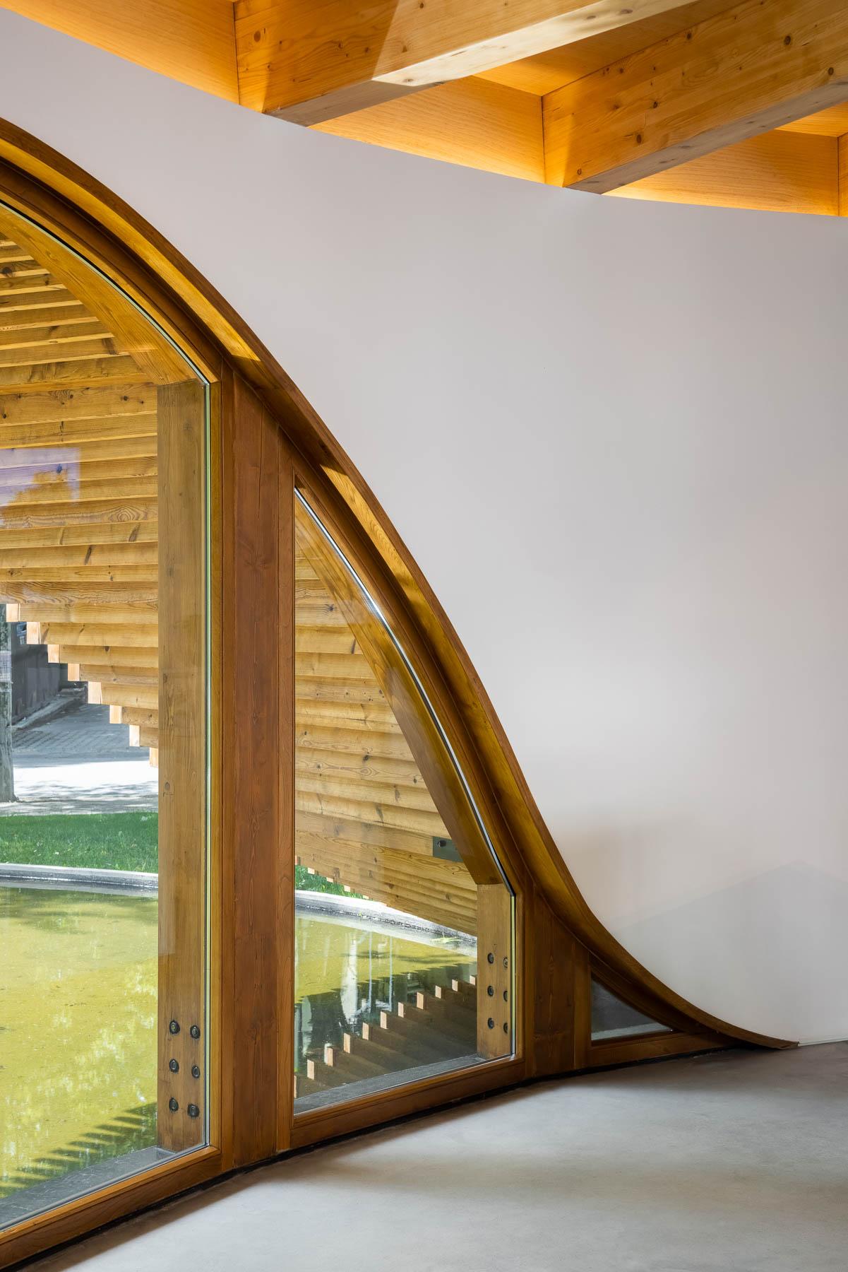 Posto de Turismo do Alto Tâmega em Chaves do Atelier de Arquite