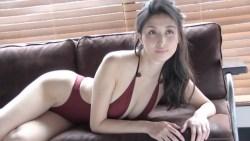 橋本マナミ 色んなランジェリーや水着姿でエロい身体を色気ムンムンで見せながらグラビア撮影
