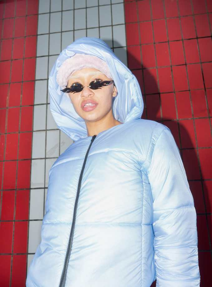Cropped and hooded jacket with color changing fabric