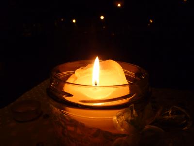candle_light_dark copy