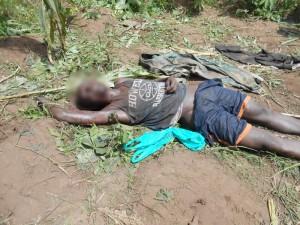 Le corps d'Innocent Ngendakuriyo alias Nzarabu  ©Iwacu