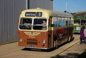 806 (FDL 927D) senn painted in a representation of former Isle of Wight bus company Enterprise