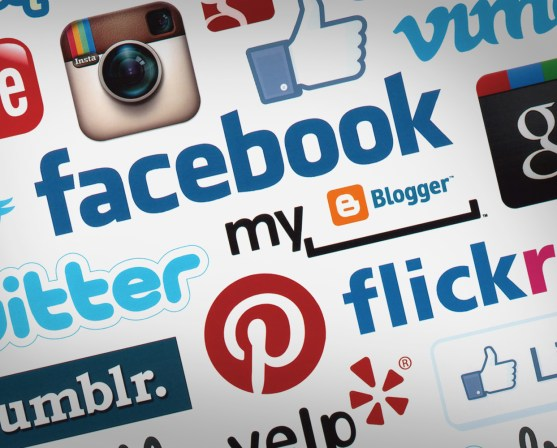 Do social sharing widgets have a negative impact on sales?