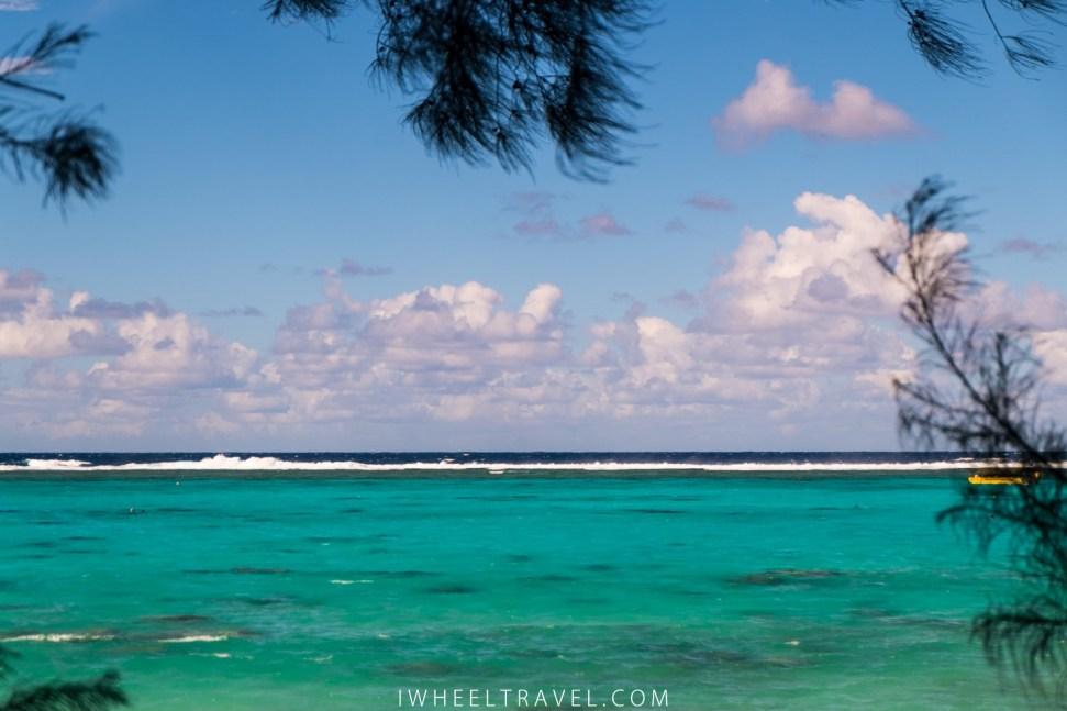 Le lagon depuis Rarotonga Fruits.