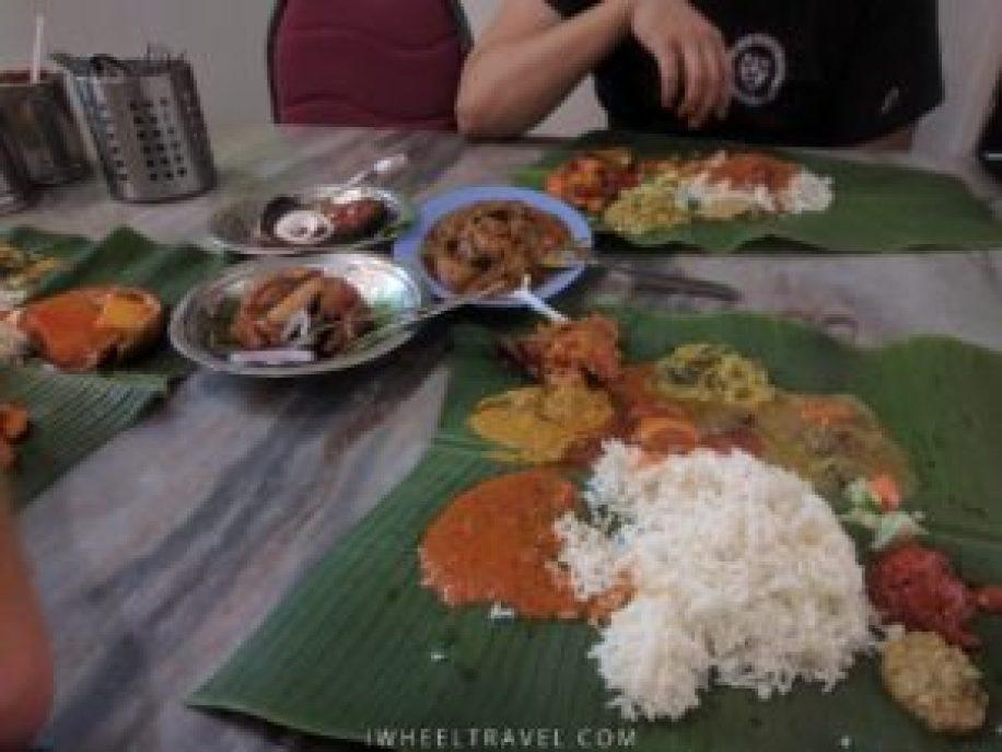 Pas d'inquiétude c'est facile de manger avec la main !