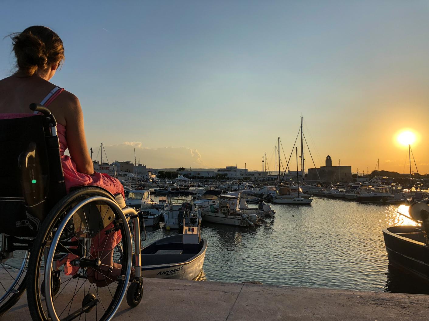 Pouilles handicap fauteuil roulant