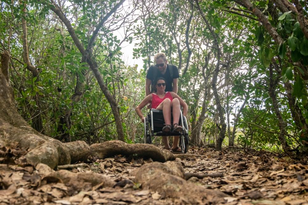 porte d'enfer guadeloupe fauteuil roulant