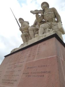 Monument Navarin - Souain Perthes les Hurlus©H. Mehault (2)