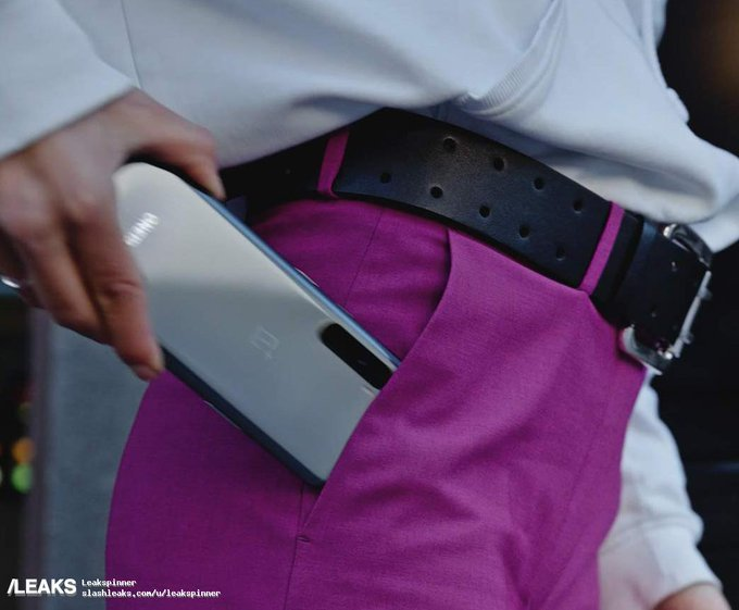 Так на самом деле выглядит грядущий бюджетник OnePlus. Фотографии появились на сайте Amazon