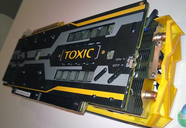 Данных о частотах компонентов 3D-карты Sapphire R9 290X Toxic Edition с 8 ГБ памяти пока нет