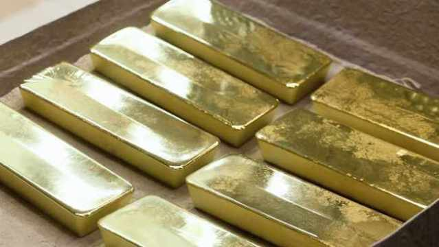 Johannesburg gold stocks slay records as virus bolsters bullion