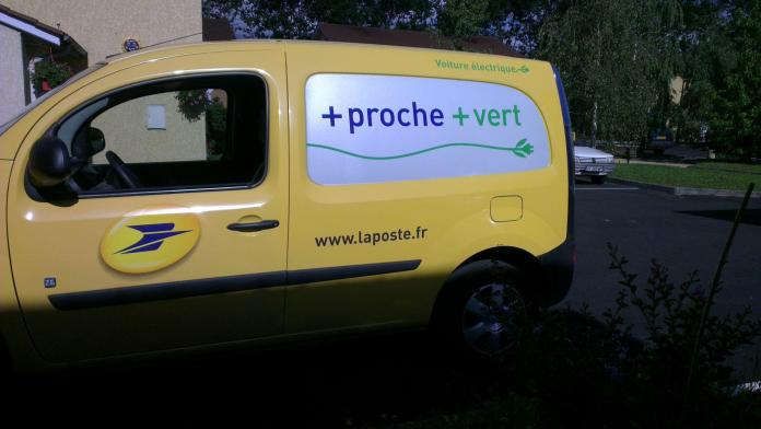 Comme une lettre à la poste - Crédit photo izart.fr