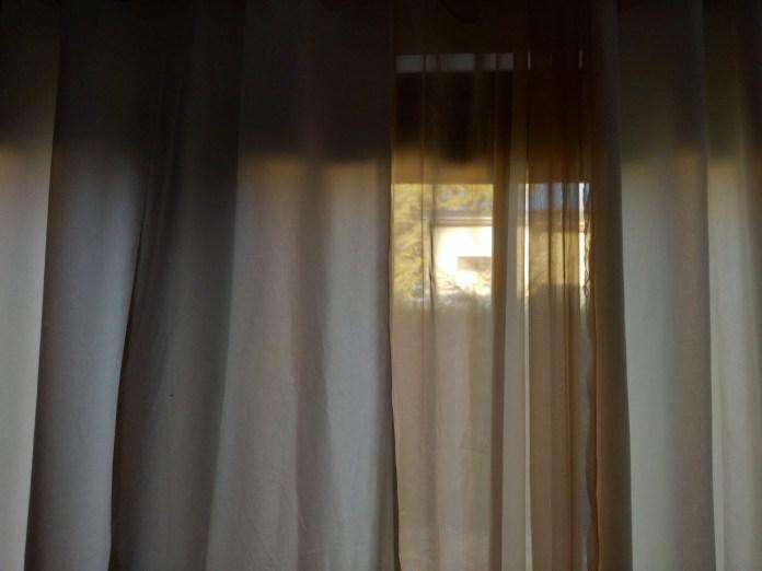 Et pour quelques rideaux de plus - Crédit photo izart.fr