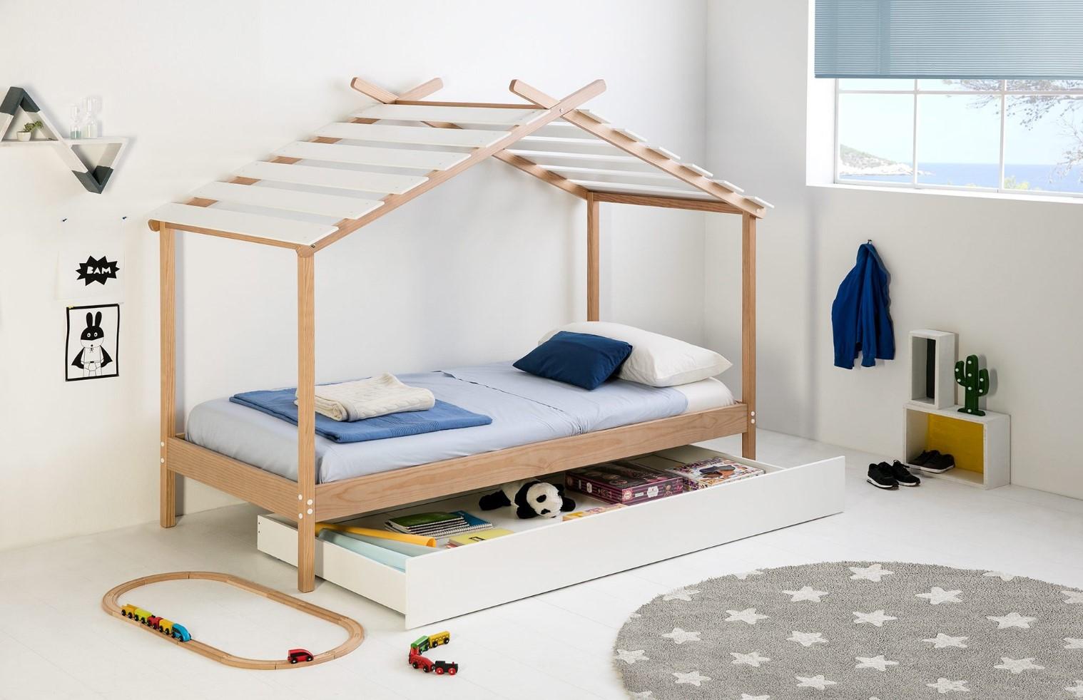 lit cabane avec tiroir de rangement
