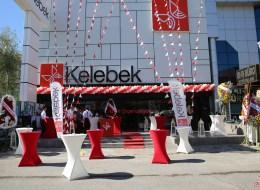Kokteylli Açılış Organizasyonu Bistro Masa Kiralama ve Üçgen Bayrak Süsleme İzmir