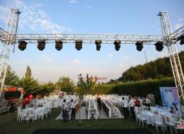 Açık Alan Profesyonel Ses Sahne ve Işık Sistemi Kiralama İzmir