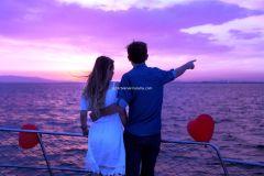 izmir teknede evlenme teklifi tekne kiralama 27 - Teknede Evlenme Teklifi Organizasyonu