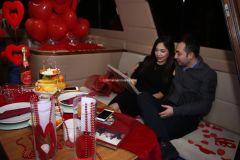 Mutluluk Teknesi Evlenme teklifi Organizasyonu Ruken Mehmet 9 - Mutluluk Teknesi'nde Kemanlı Evlilik Teklifi Organizasyonu